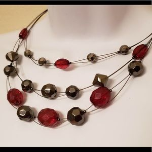 💋 Garnet Red & Silver Three Layer Bead Necklace